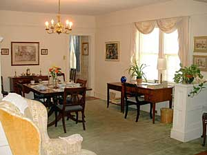 Deemer Place dining room